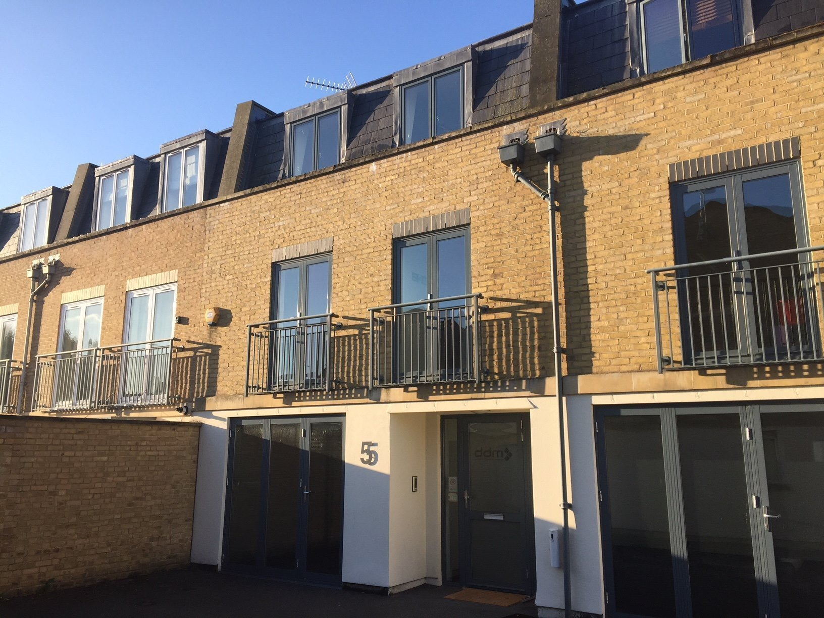 Ground floor, Unit 5, Coppergate Mews, 103-107 Brighton Road, Surbiton, KT6 5NE