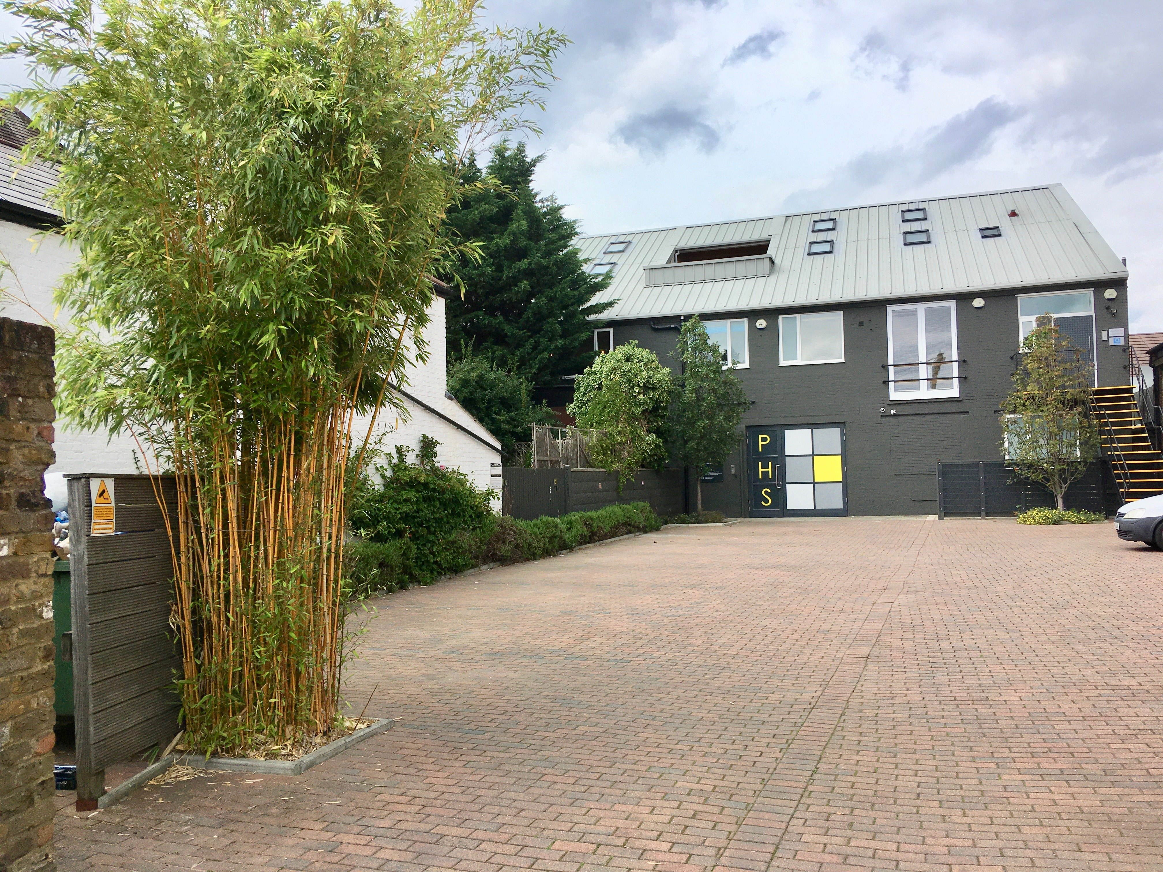 Units 3 & 4B, Parc House Studios, 25-37 Cowleaze Road, Kingston upon Thames, KT2 6DZ